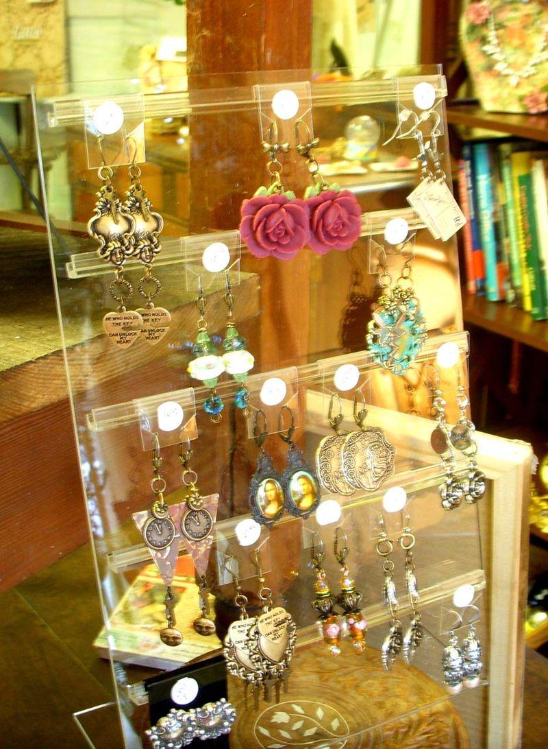 Shop ear rings 11-4-2012 016
