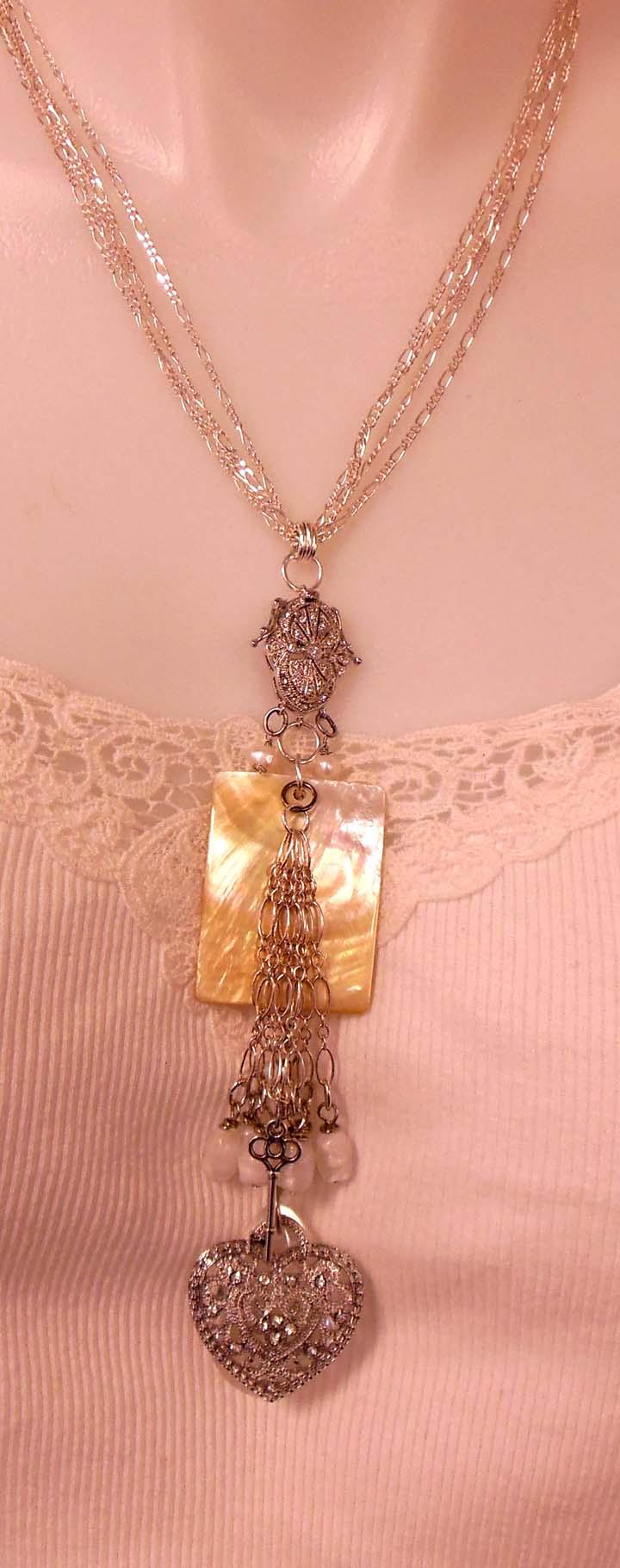 Beadsoupnecklace 001