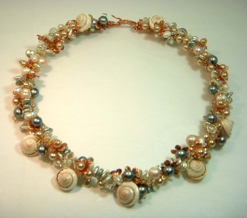 Beaded necklace 002