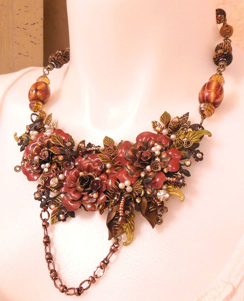 BIG COLOR OF FALL NECK 001