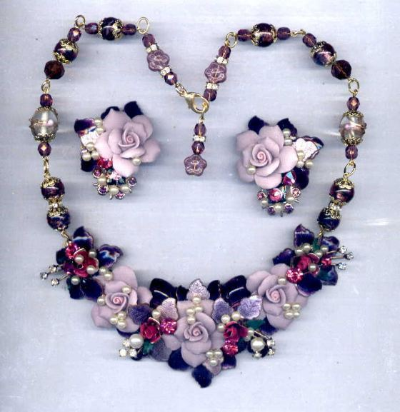 Purpleflowernecklace